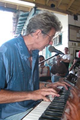 Bobby Carcassés incita al jazz